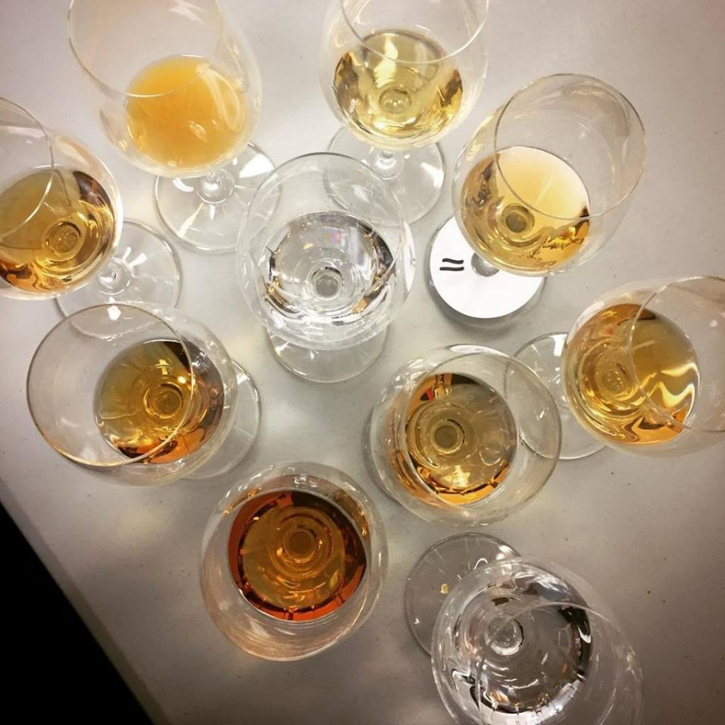 eliminar el sedimento de los vinos