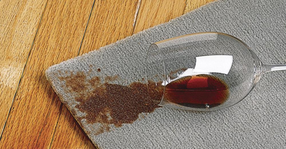 eliminar con éxito las manchas de vino tinto