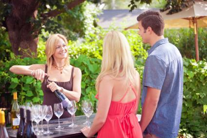 Cata de vinos en pareja, cata de vinos Wine Country Selección de botellas de bodega por viñedo