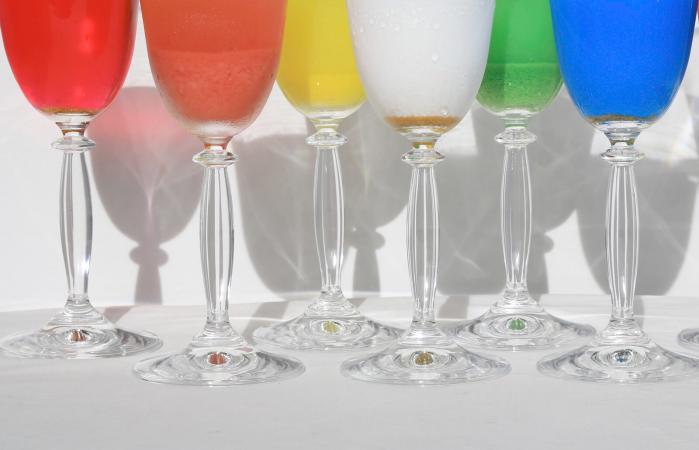 Copas de vino de colores