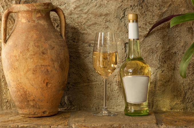 Vino antiguo / vino moderno
