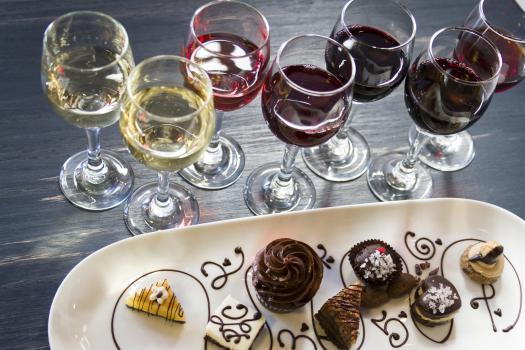 Copas de vinos y postres