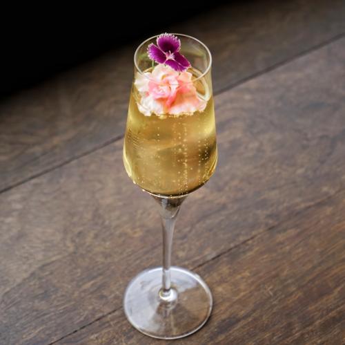 Flores en champagne
