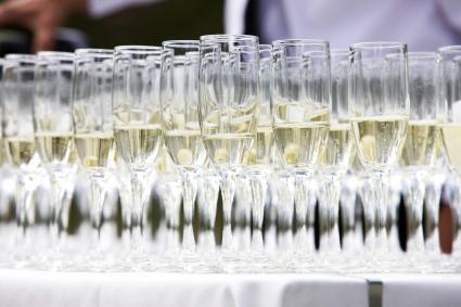 Copas de champán en una boda