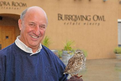 Jim Wyse en la bodega Burrowing Owl