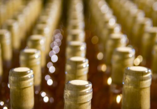 Rack de vinos de crianza
